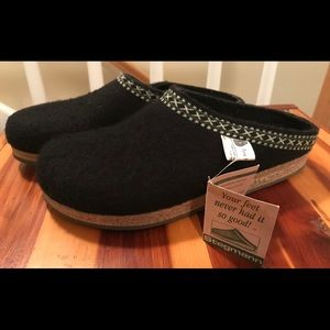 Stegmann New Wool Clogs NWT SZ 8.5 made in Germany